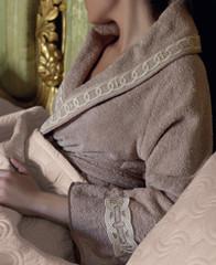 Элитное покрывало Majestic от Cesare Paciotti