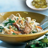 https://static12.insales.ru/images/products/1/6420/9689364/compact_0593225001339256908_Pad_thai_with_tofu.jpg