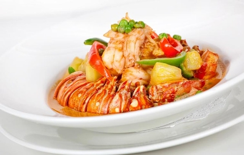 https://static12.insales.ru/images/products/1/6468/9689412/0207626001346829189_Lobster_curry_with_pad_Thai.jpg