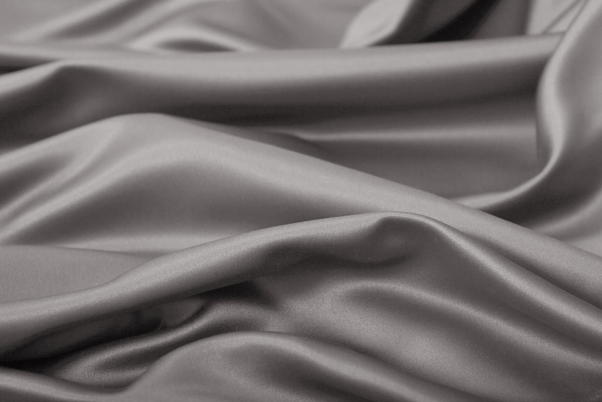 Silky (millenium), Шторы из люкс-сатена однотонного.