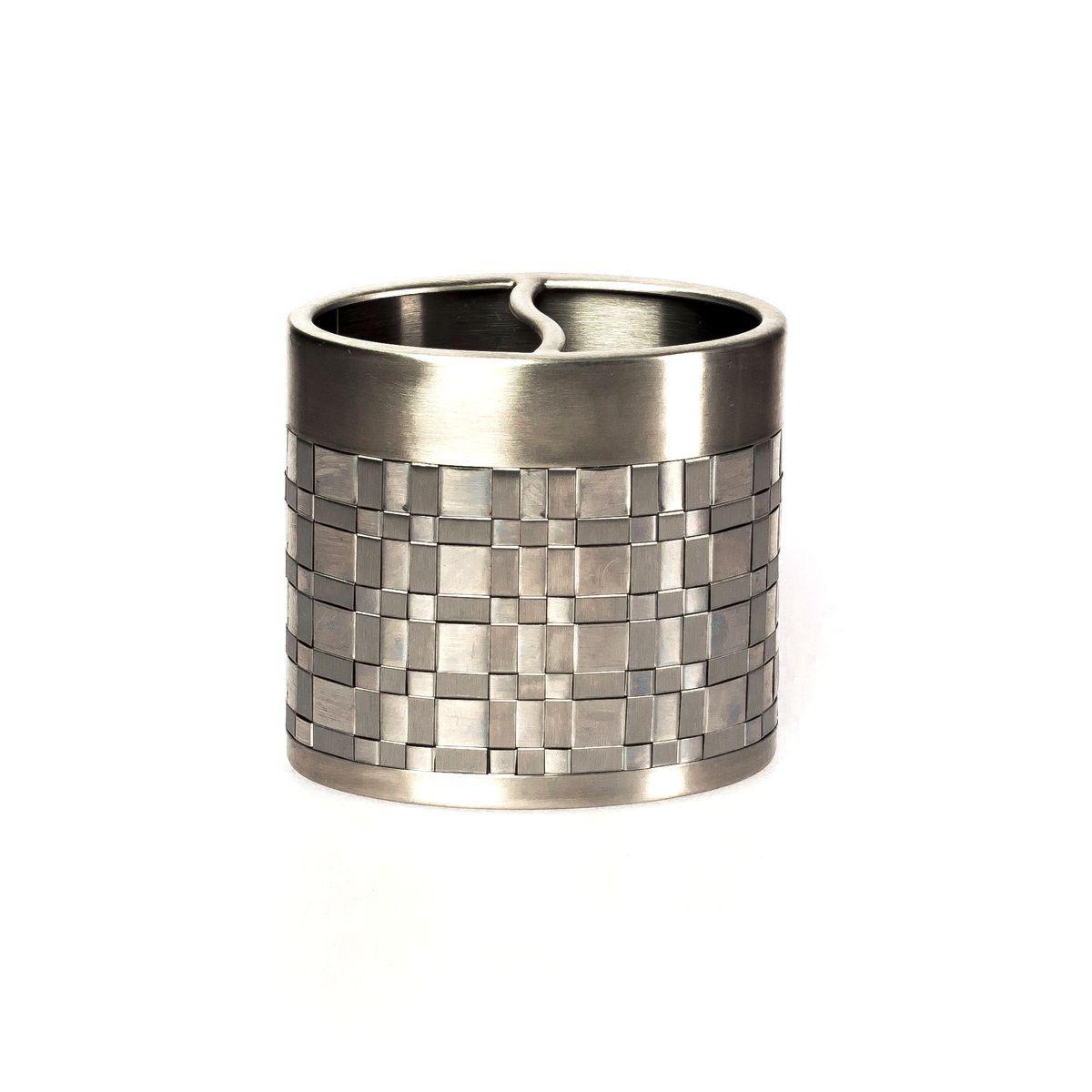 Стаканы для щеток Стакан для зубных щёток Basketweave Silver от Avanti stakan-dlya-zubnyh-schyotok-basketweave-silver-ot-avanti-ssha-kitay.jpg