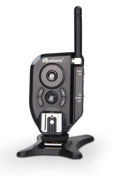 Aputure Trigmaster Plus II 2,4G pack in set TX II-set Transceiver & Receiver Радиосинхронизатор