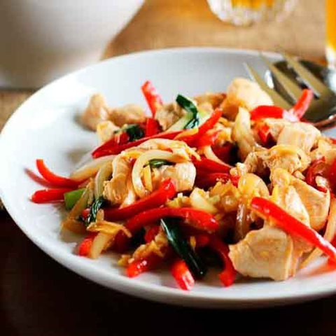 https://static12.insales.ru/images/products/1/6759/38697575/stir-fry_chicken.jpg