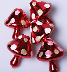 Набор украшений пластик мухоморчики красные d-6см 5шт 724199
