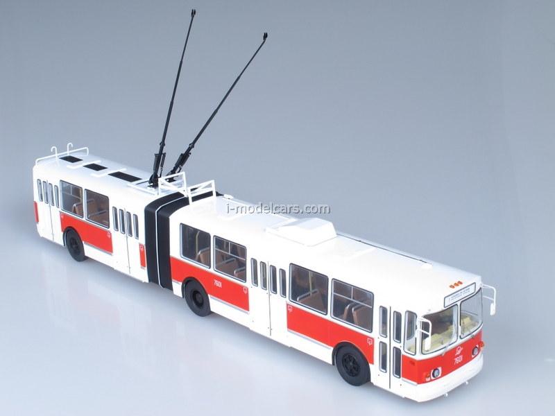 ZiU-10 ZiU-683 trolleybus red-white 1:43 Start Scale Models (SSM)