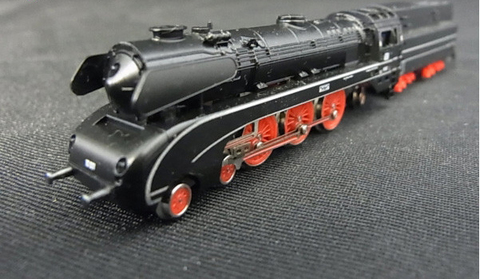 Паровоз быстроходный с тендером, ряд 10 DB MARKLIN 8889