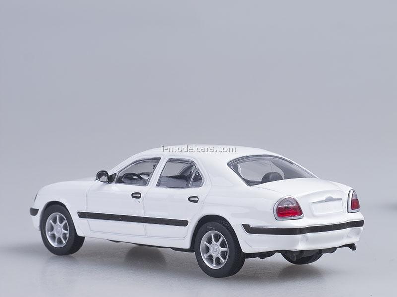 GAZ-3111 Volga white 1:43 AutoHistory