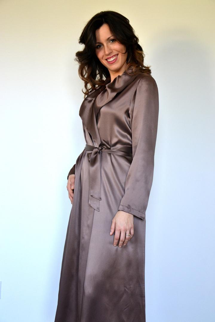 Длинный шелковый халат B&B (Женские халаты)