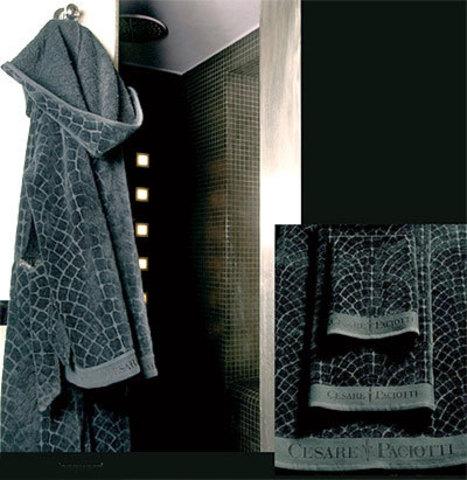 Элитный халат велюровый Pave Jacquard от Cesare Paciotti