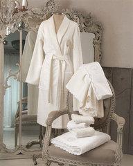 Элитный халат женский махровый Anjelica молочный от Blumarine