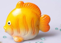Стикер рыба желтая