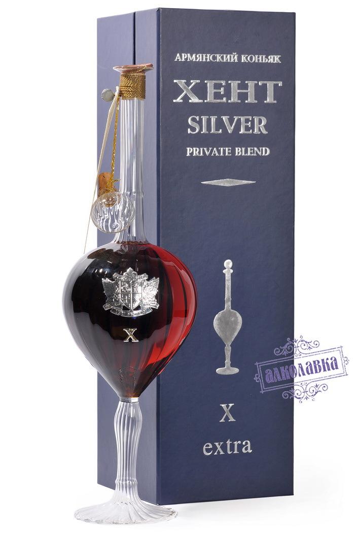 Коньяк Хент Silver 10 лет 0,5л в сувенирной коробке, подарочный пакет