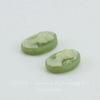"""Камея """"Девушка с хвостиком""""  цвета слоновой кости на зеленом  фоне 8х6 мм, пара"""
