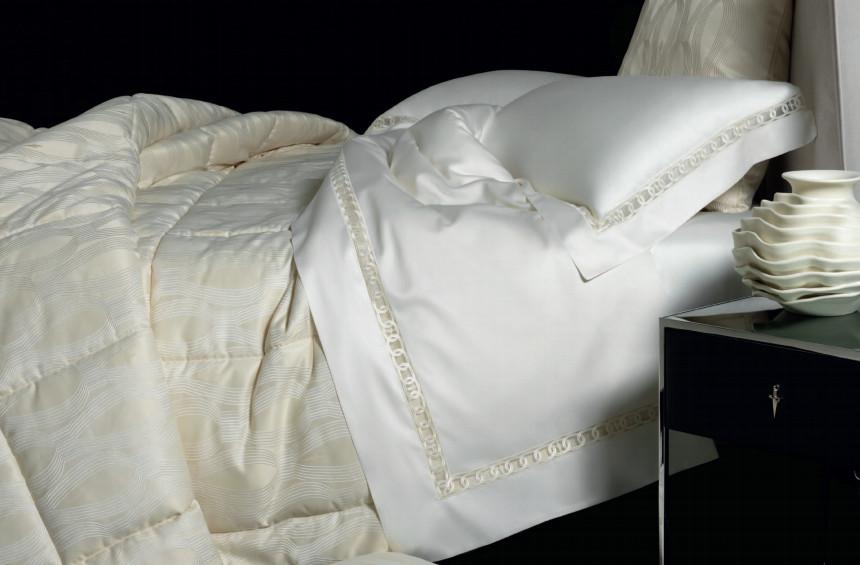 Комплекты Постельное белье 2 спальное Cesare Paciotti Majestic elitnoe-italyanskoe-postelnoe-belye-majestic-ot-cesare-paciotti-1.jpg