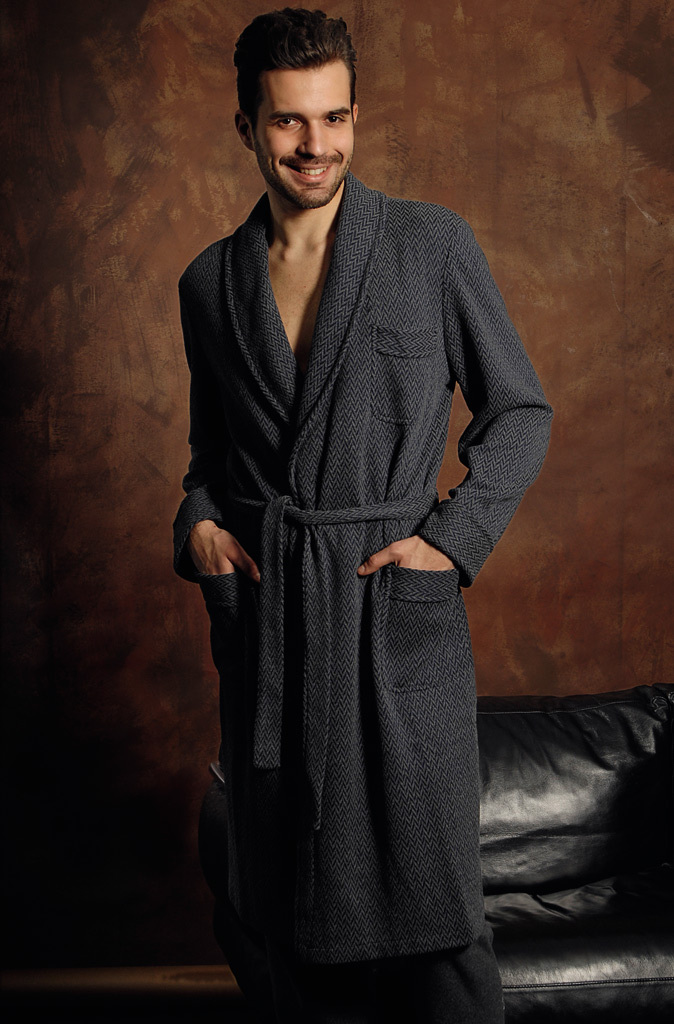 Серый трикотажный халат B&B (Мужские халаты)