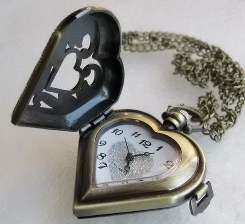 """Часы на цепочке """"Сердце"""" (цвет - античная бронза) 53х41х16 мм ()"""