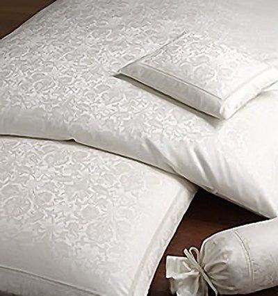 Для сна Элитная наволочка Chateau серебро от Elegante elitnaya-navolochka-chateau-ot-elegante-germaniya.jpg