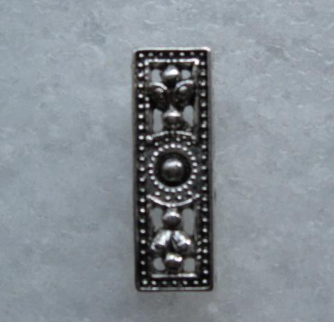 Разделитель на 3 нити (цвет - античное серебро) 26х9х4 мм