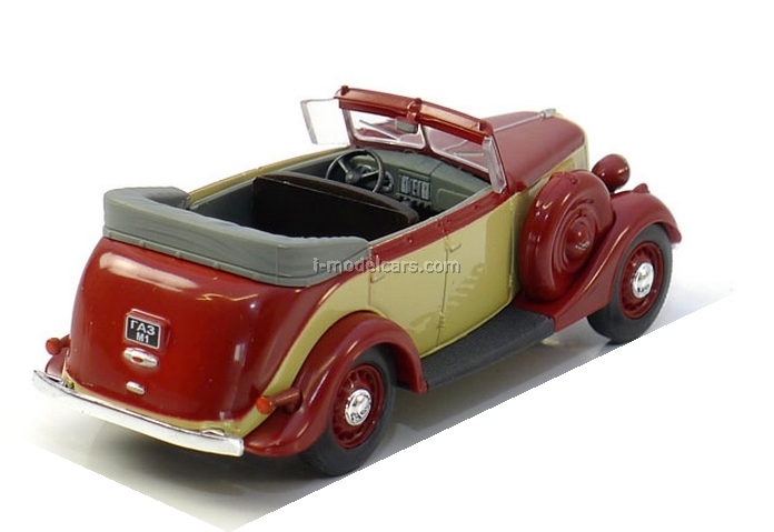 GAZ-M1 Phaeton red-cream 1:43 Nash Avtoprom