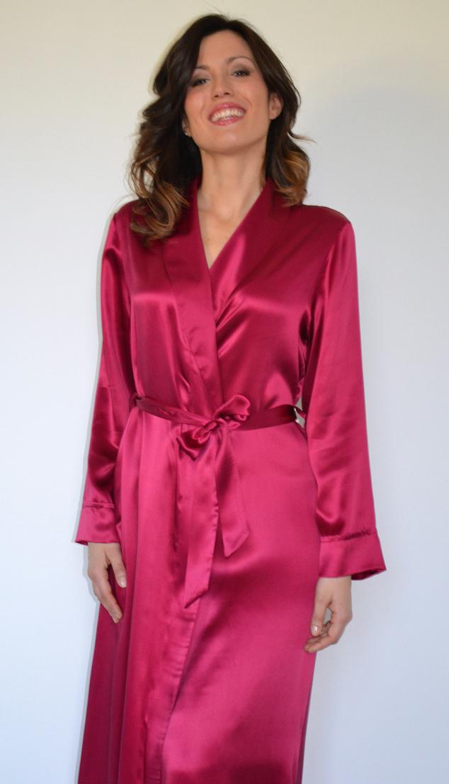 Шелковый халат бордового цвета B&B (Женские халаты)