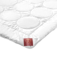 Элитное одеяло шёлковое 200х200 Mandarin-Satin от Brinkhaus