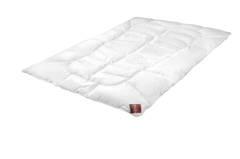 Элитное одеяло пуховое всесезонное 155х200 Body-Line от Brinkhaus