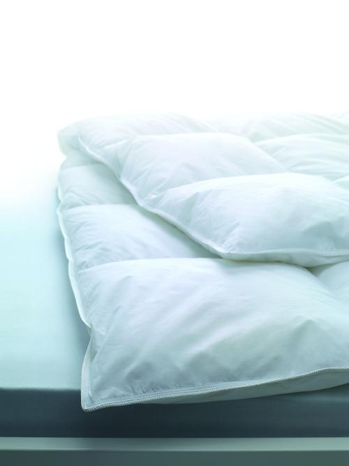 Элитное одеяло пуховое 200х220 Geneva Medium от Dauny