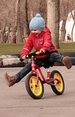 Как научить ребенка кататься